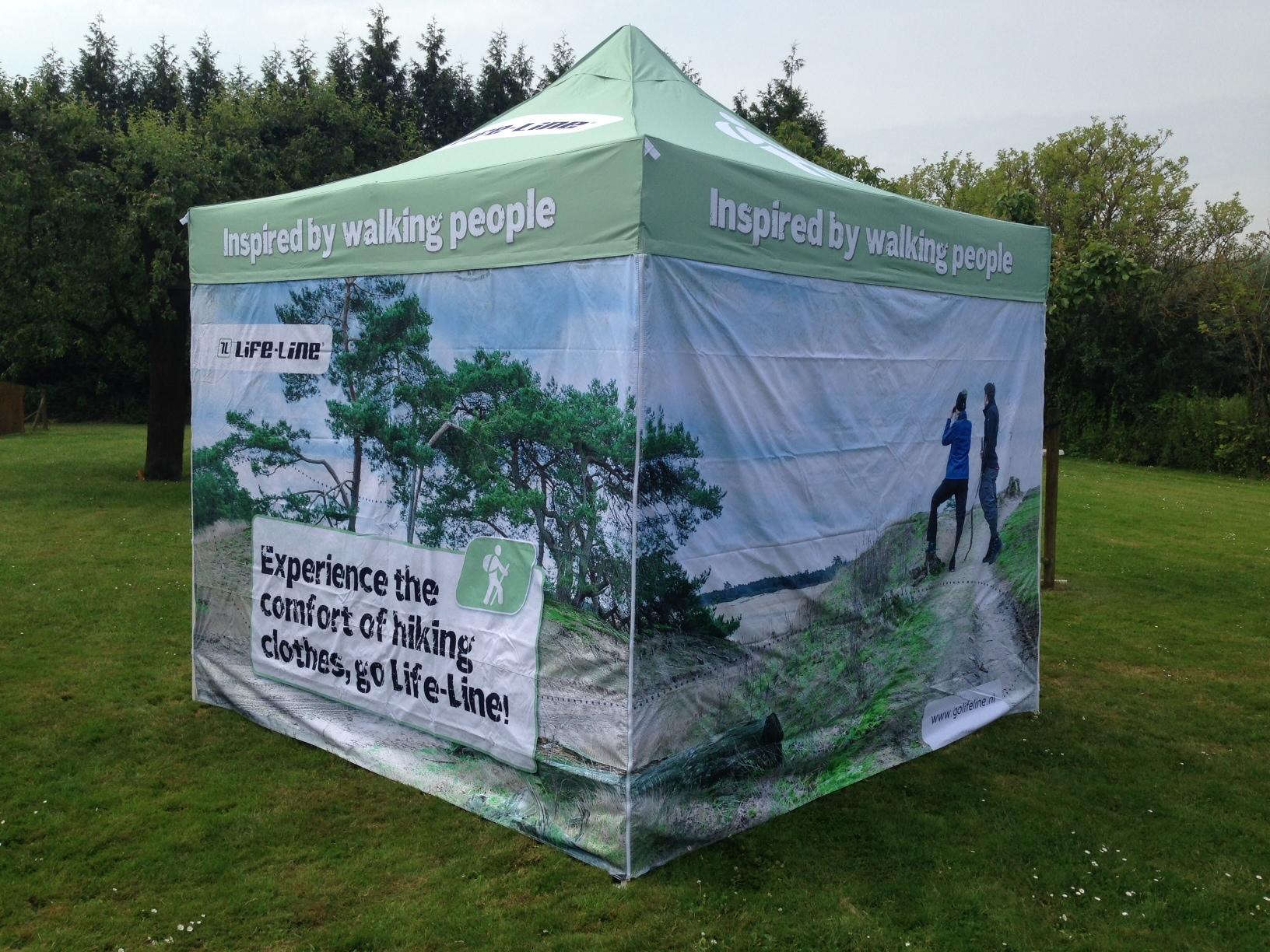 Bedrukte tent
