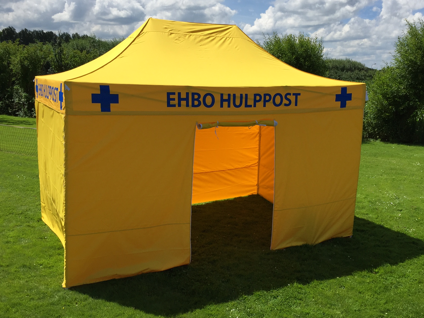 Quick-Folding-Tent-Yellow-EHBO-tent-15